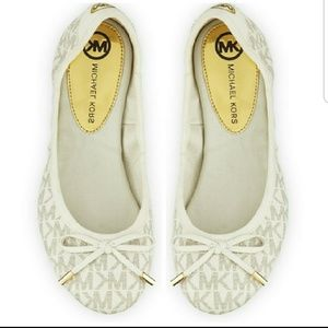 Michael Kors City Logo Flats in Vanilla